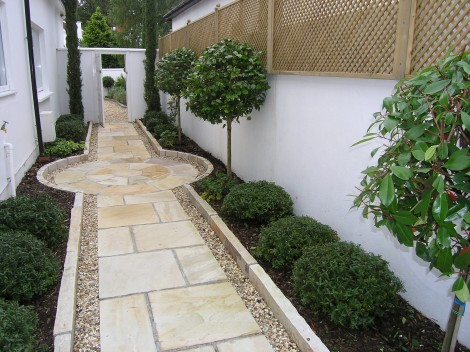 Small garden design ideas owen chubb garden landscapes for Garden entrance designs